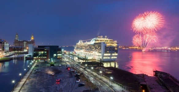 Ruby-Princess-cruise-liner-Fireworks-May-14-750x390